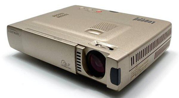 Lightware Legend LS-8 Projector
