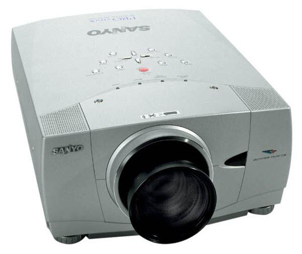 Sanyo PLC-XP45 Projector