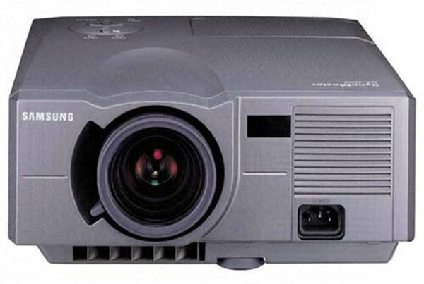 Samsung SyncMaster NX-2600 Projector