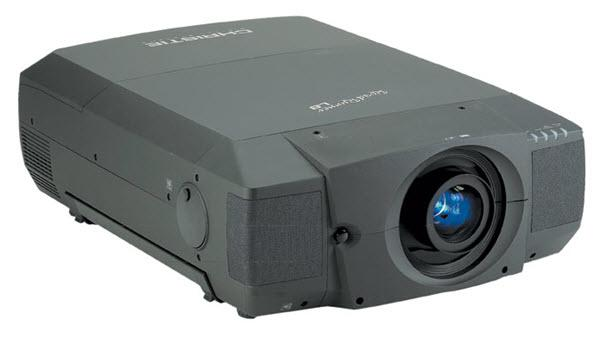 Christie RoadRunner L8 Projector