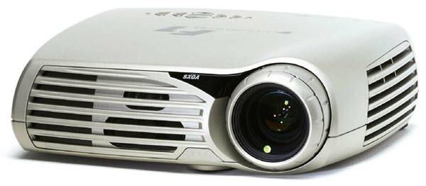 projectiondesign F1 XGA Projector