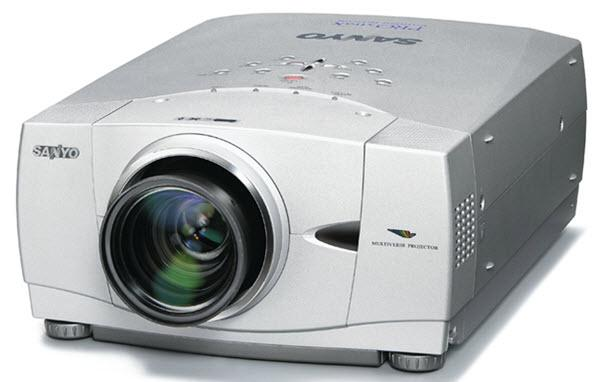 Sanyo PLC-XP55 Projector