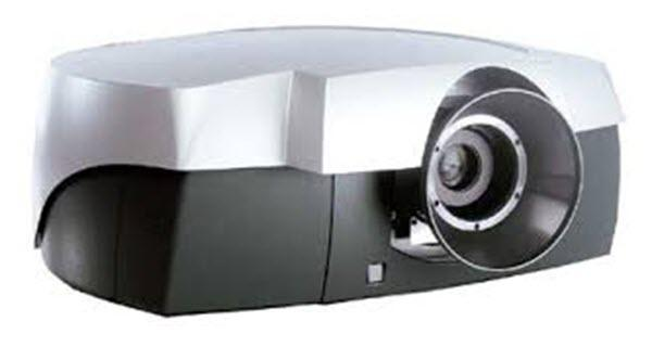 Barco CineVERSUM 120 + Master Projector