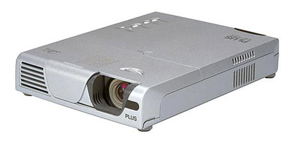PLUS V3-131 Projector