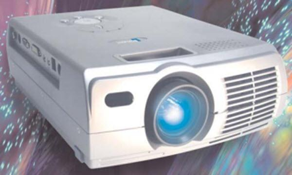 Boxlight CP-670k Projector