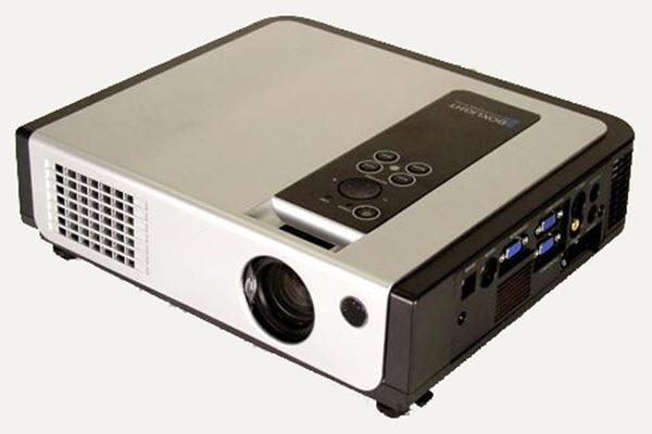 Boxlight CP-720e Projector