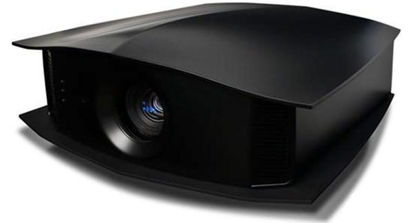 Cineversum BlackWing Two Projector