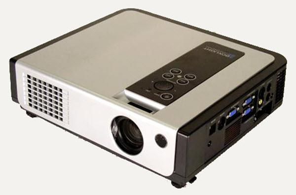 Boxlight CP720es Projector