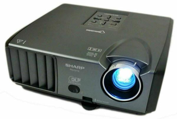 Sharp PG-F211X Projector