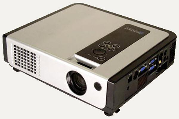 Boxlight CP718e Projector