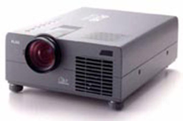 PLUS UP-800 Projector