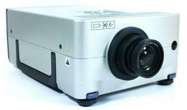 Sharp PG-D210U Projector