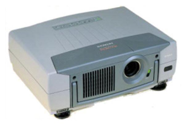 Hitachi CP-L850W Projector