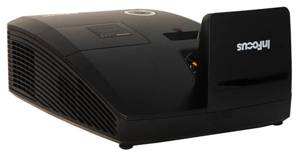 InFocus IN136UST Projector