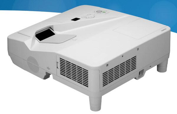 Dukane ImagePro 6133 Projector