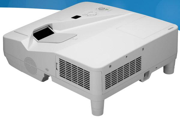 Dukane ImagePro 6133W Projector