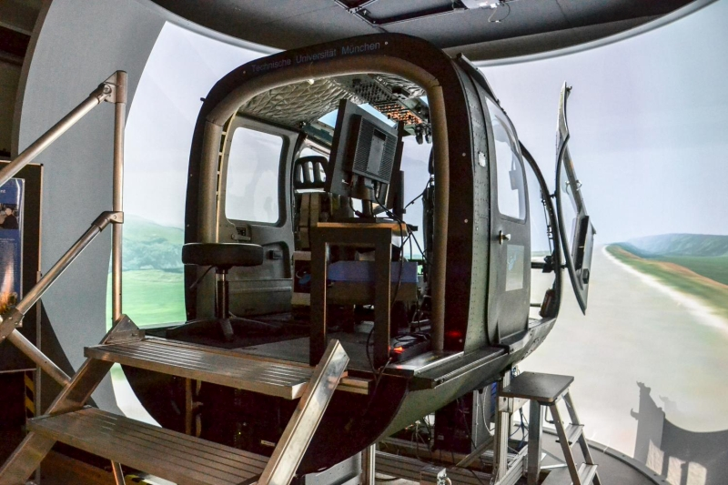 Barco Helicopter Lifestyle3