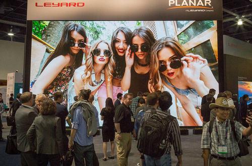 Leyard-Planar-video-wall-2