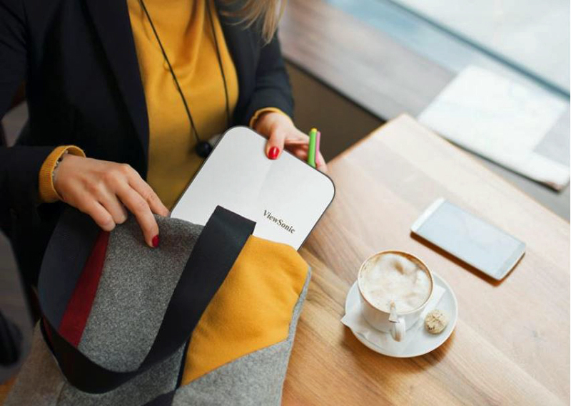 ViewSonic M2e portable daily