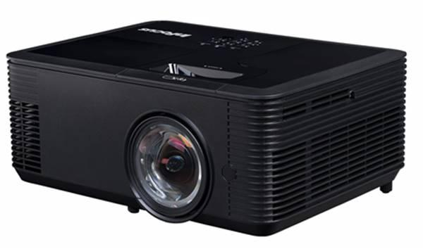 InFocus IN138HDST Projector