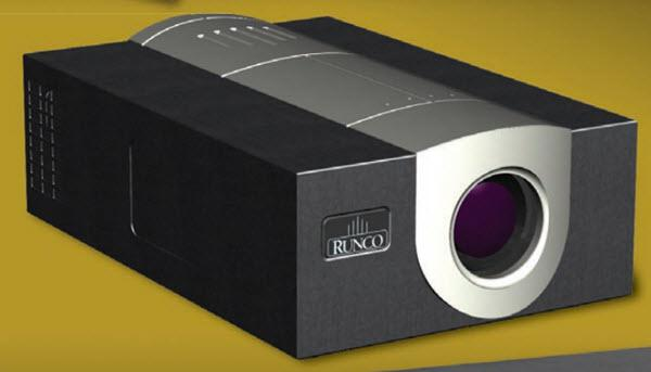 Runco DLC-2000HD Projector