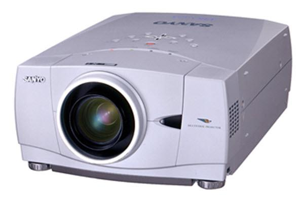 Sanyo PLC-XP41 Projector