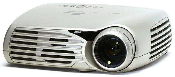 projectiondesign F1 SXGA Projector