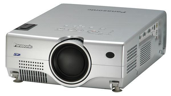 panasonic projectors panasonic pt l735u 3 lcd projector rh projectorcentral com panasonic pt-l735u projector manual