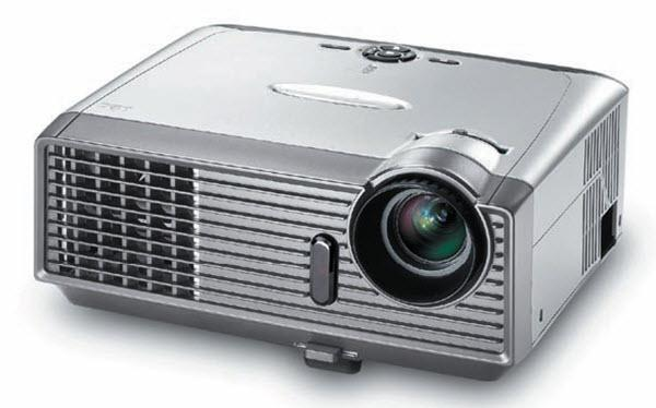 Optoma EP749 Projector