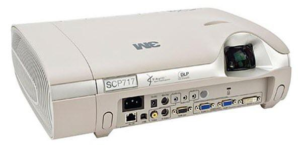 3M Super Close Projection System SCP717 Projector