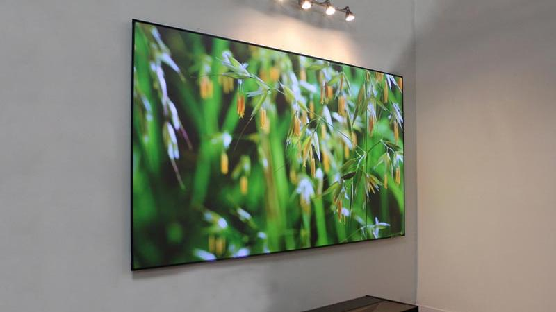 Projectors, Projector Reviews, LCD Projectors, Home Theater
